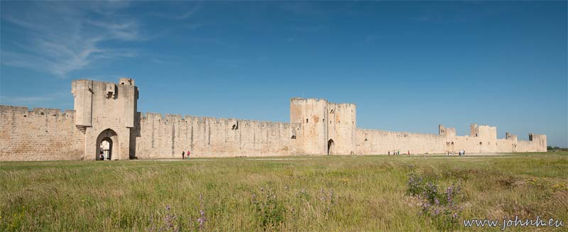 Aigues Mortes fortified walls
