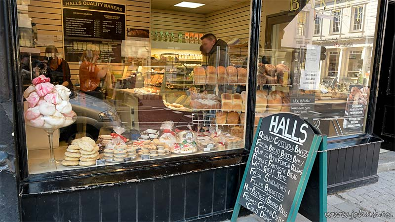 Halls Quality Bakers in Cirencester