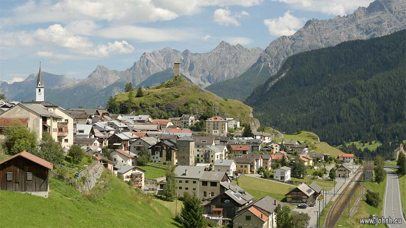 Ardez, village in the Swiss Engadine