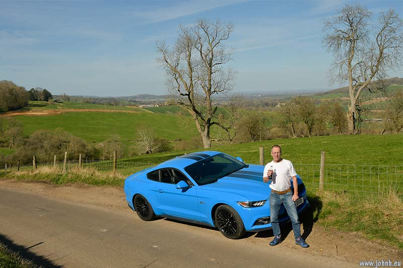 Mustang GT 2018 in the Cotswolds