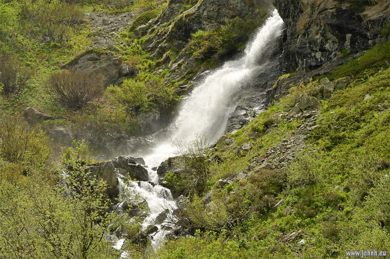 Waterfall, Valgaudemar valley, Écrins
