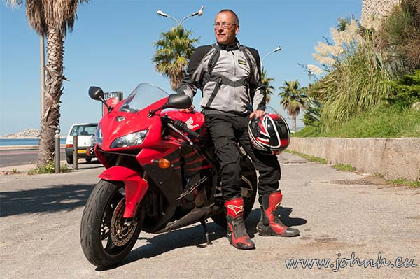 John HikerBiker on his RR on the Corniche Kennedy in Marseille, September 2014