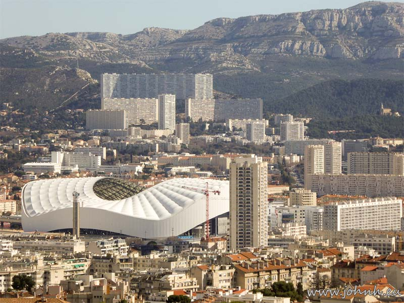 Vélodrome, Marseille under the Marseilleveyre and Puget massifs
