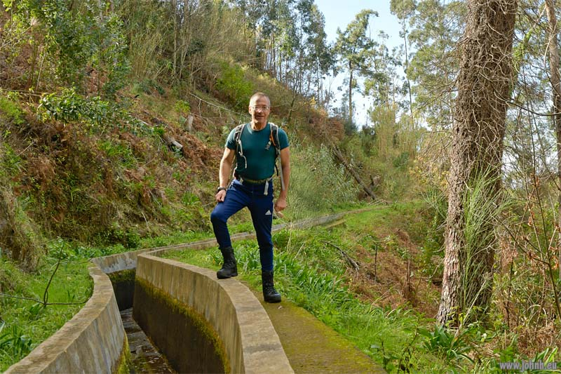 Hiking alongside the Levada Nova da Calheta - Madeira